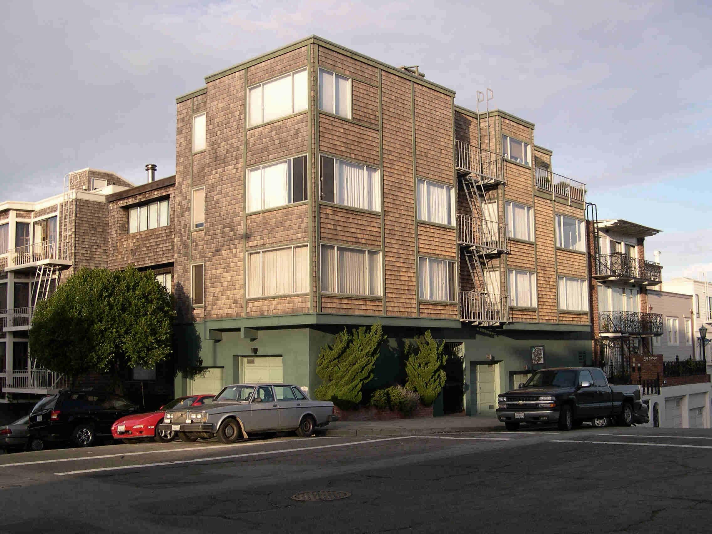 Vertigo - Midge's Apartment