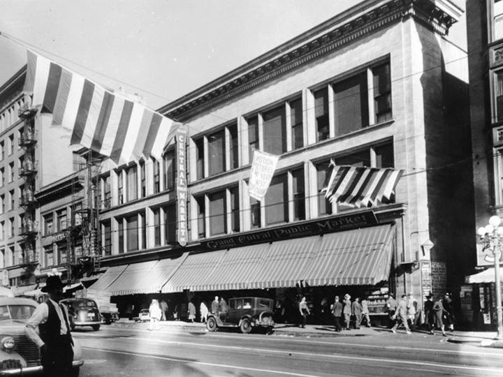 2 - market 4 1940s.jpg