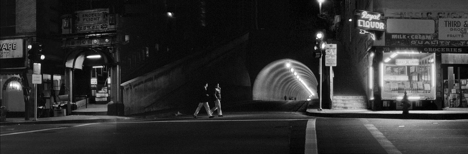 8 - tunnel 2.jpg