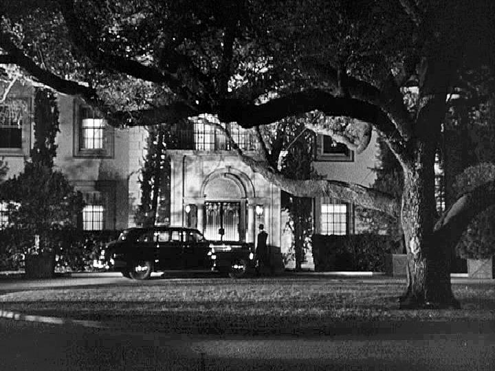 6 mansion 1.jpg