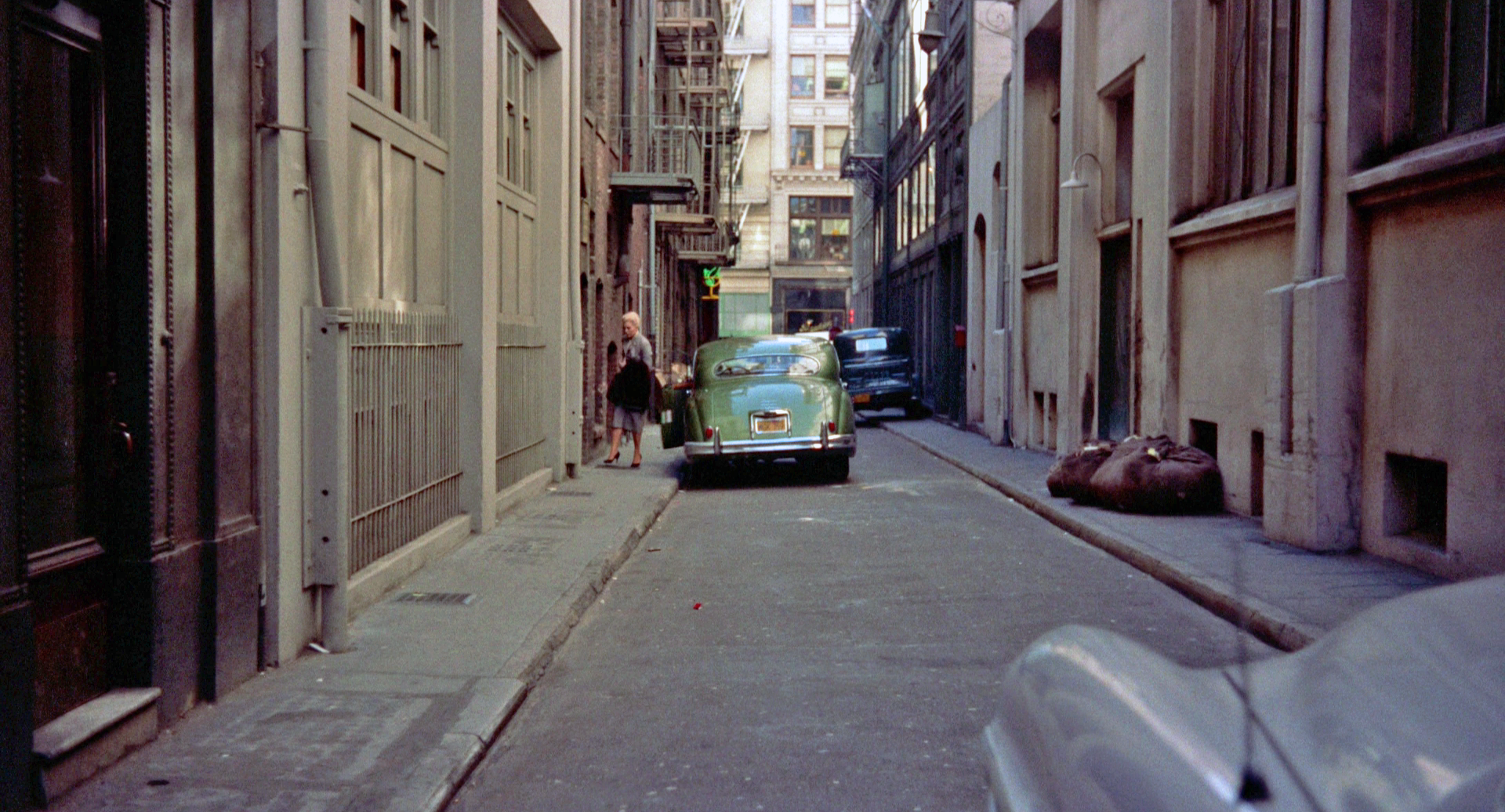 6 - alley 2.png