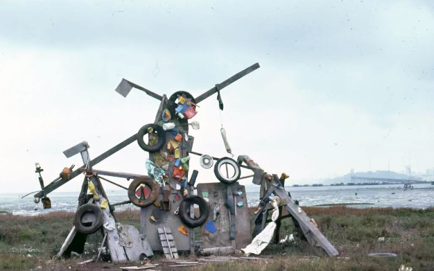 20  - mudflats sculpture 3 1978.png