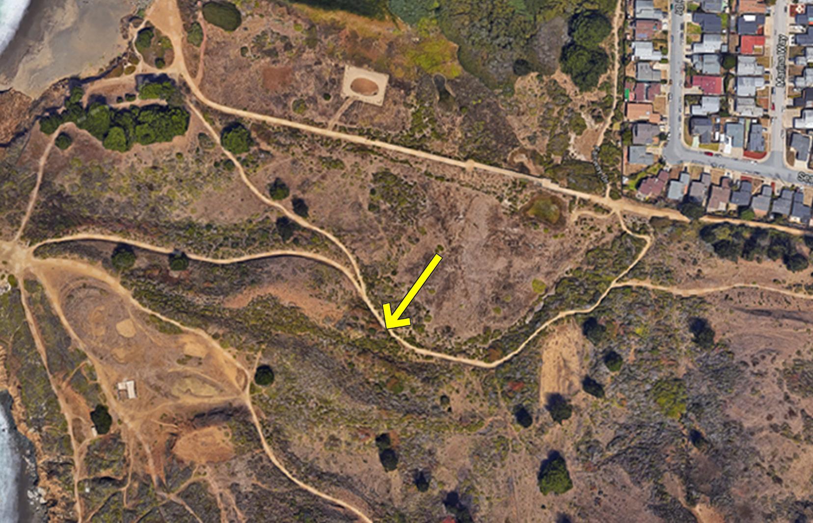 24 - trail map 2012 w-arrow.png