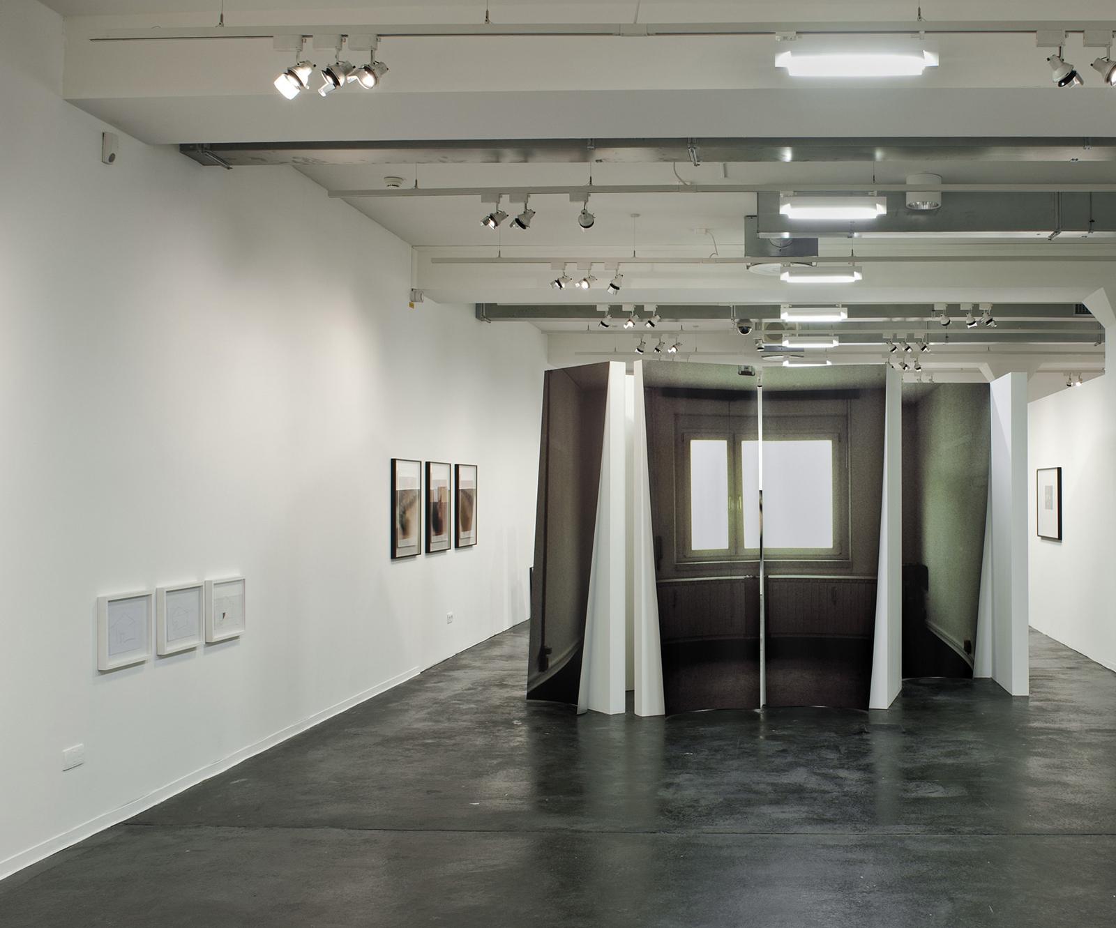 Totale Wohnung, Ausstellungsansicht, Zephyr – Raum für Fotografie Mannheim, © Susa Templin; Courtesy Galerie Thomas Rehbein, Foto: rem, Maria Schumann