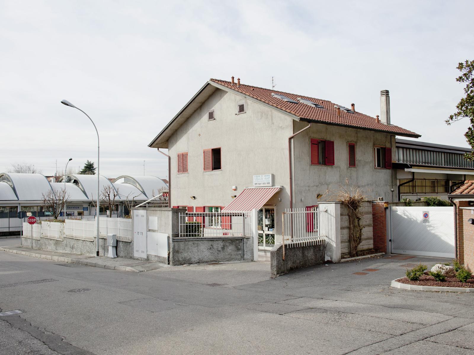 Ex-Servicemen and Veterans' Co-operative Club, San Vittore Olona, Milan, 2012