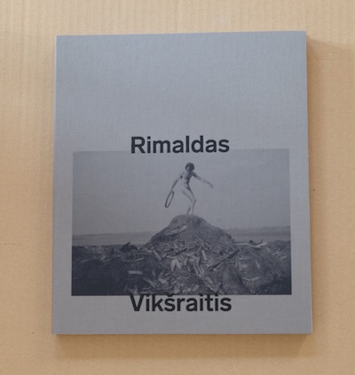 Rimaldas Vikšraitis: Am Rand der bekannten Welt  Catalogue lithuanian / english / german 39,90 €
