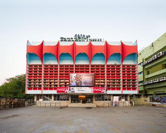 HAUBITZ + ZOCHE  Postkoloniale Erleuchtung - Kirchen und Kinos in Südindien 27.05. - 26.08.2018
