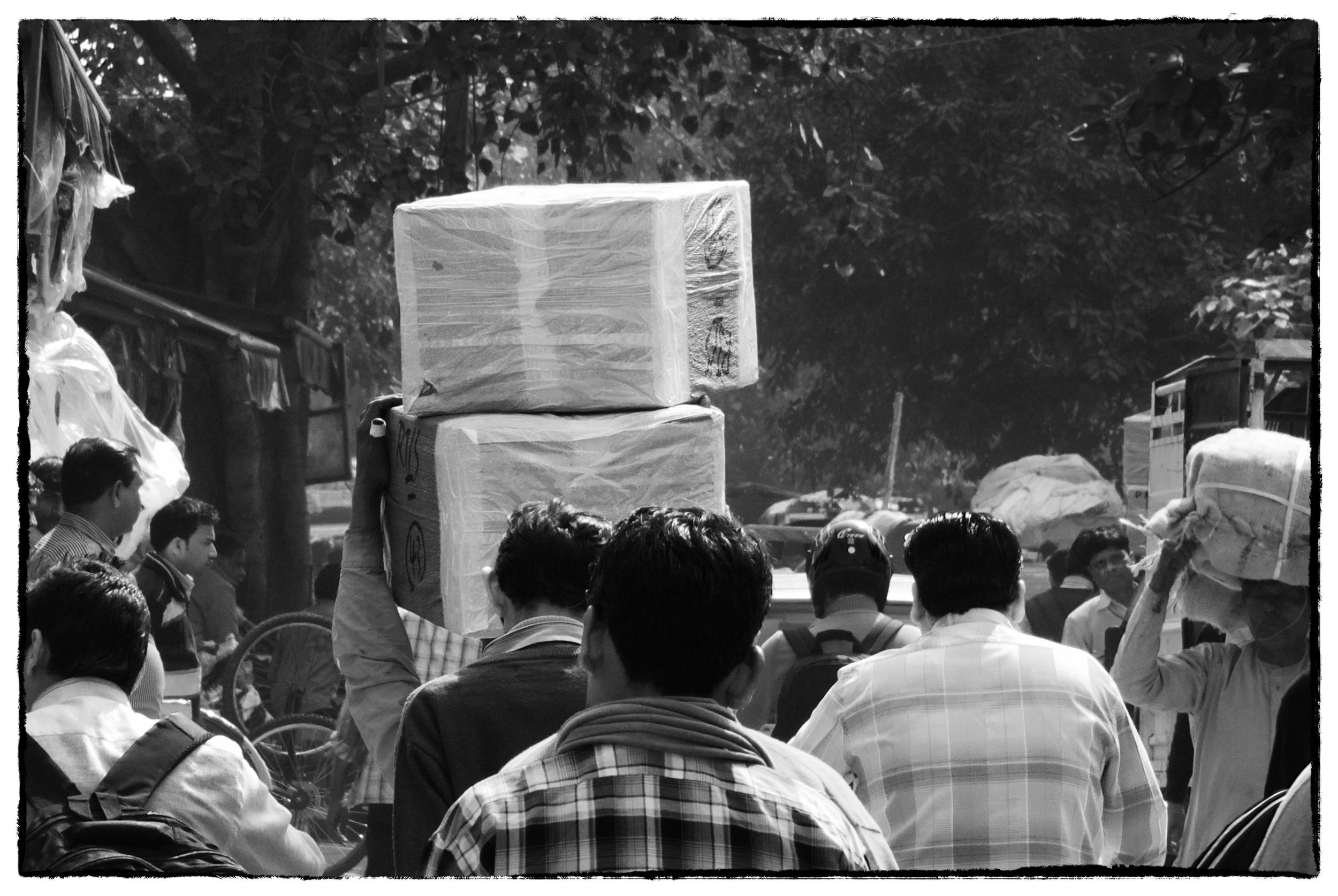 Chandni Chowk, Esplanade Road, Delhi (N1 V1 ,10-100mm Nikkor)