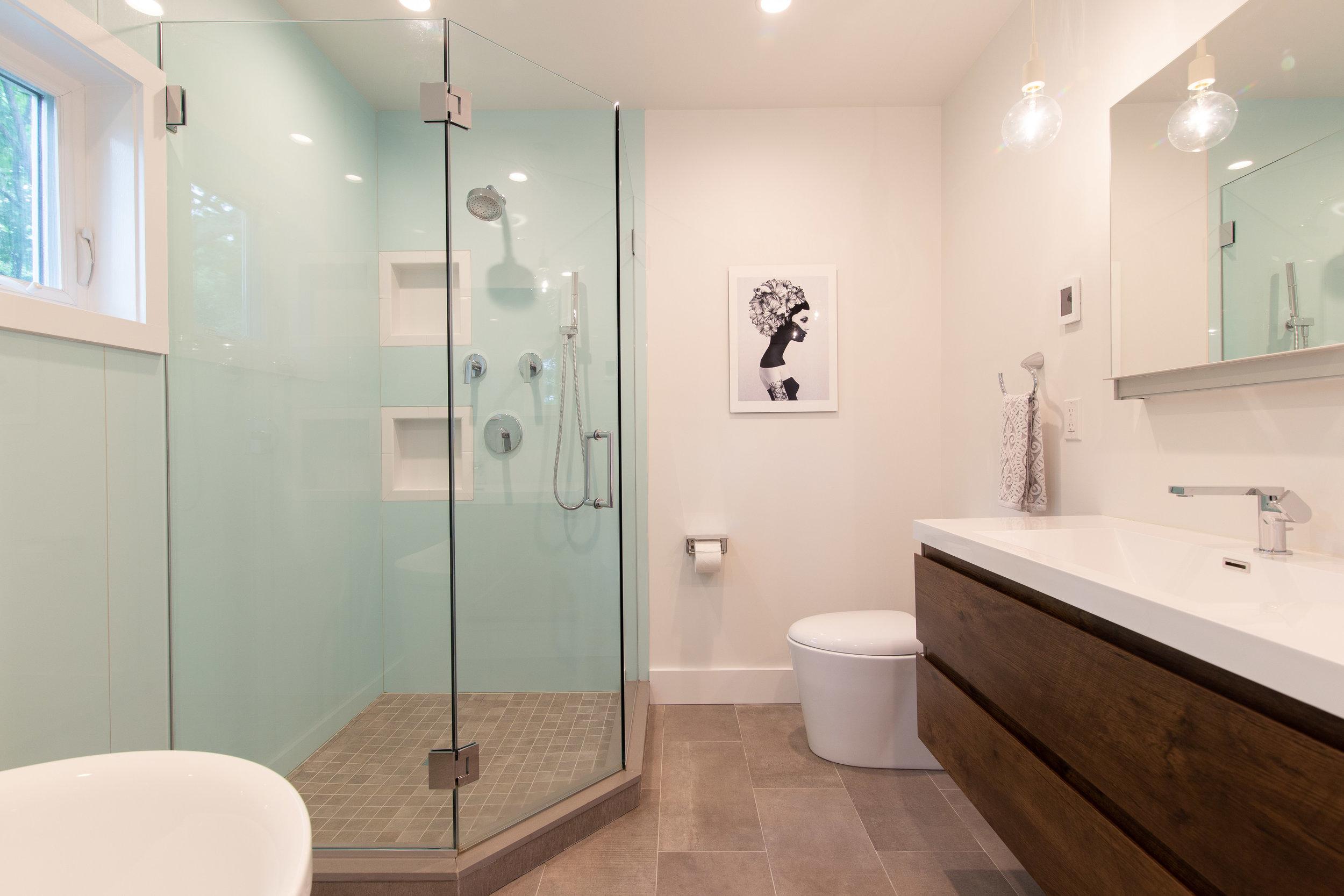 Ivy_Master Bath 02.jpg
