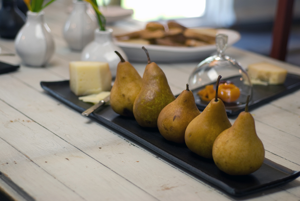 pears on tray kitchen.jpg