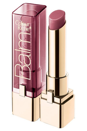 L'Oreal Colour Riche Lip Balm  is a sheer lip gloss formula that is moisturizing and feels great on the lips. Shown here in Plush Plum, this natural shade is perfect on all skin tones.
