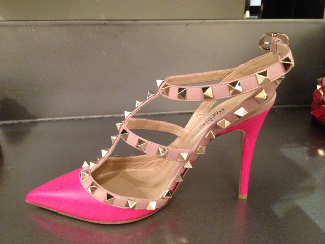 Must-have shoe by Valentino Noir.