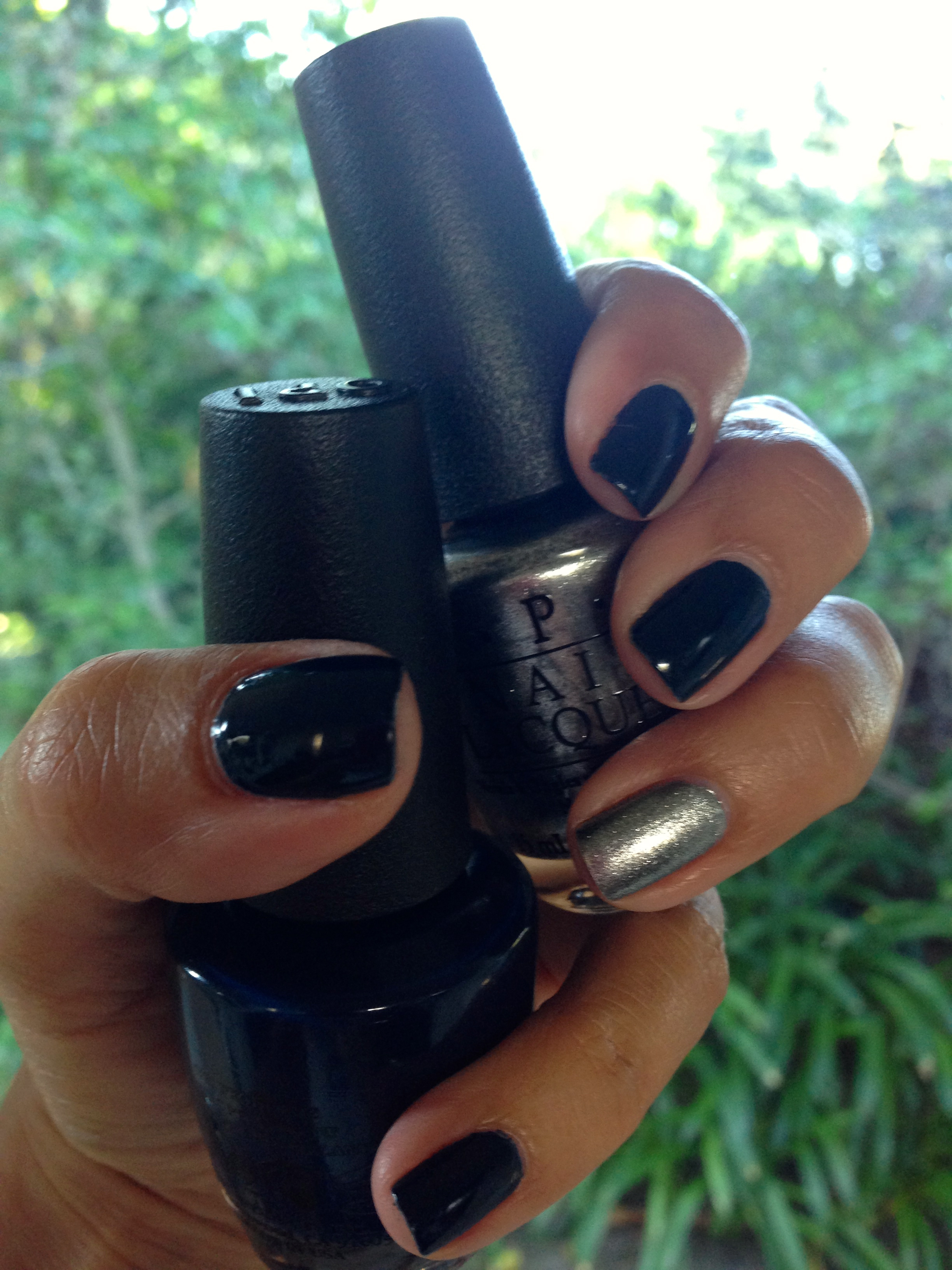 Deep Blue Nail Color: OPI, Incognito in Sausalito, $9   Silver Accent Nail Color: OPI, Havent the Foggiest, $9