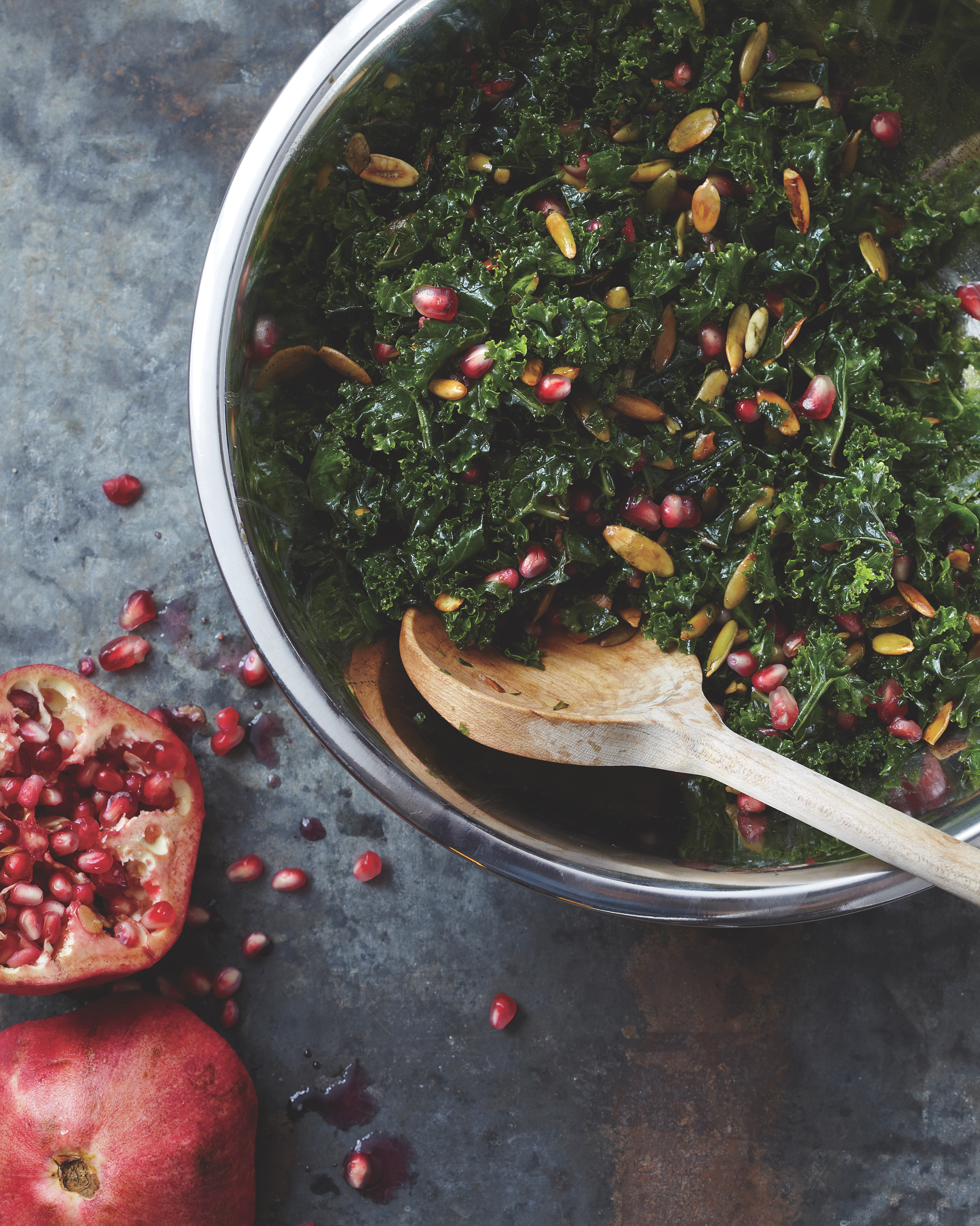 Kale Salad with Pomegranate and Pumpkin Seeds