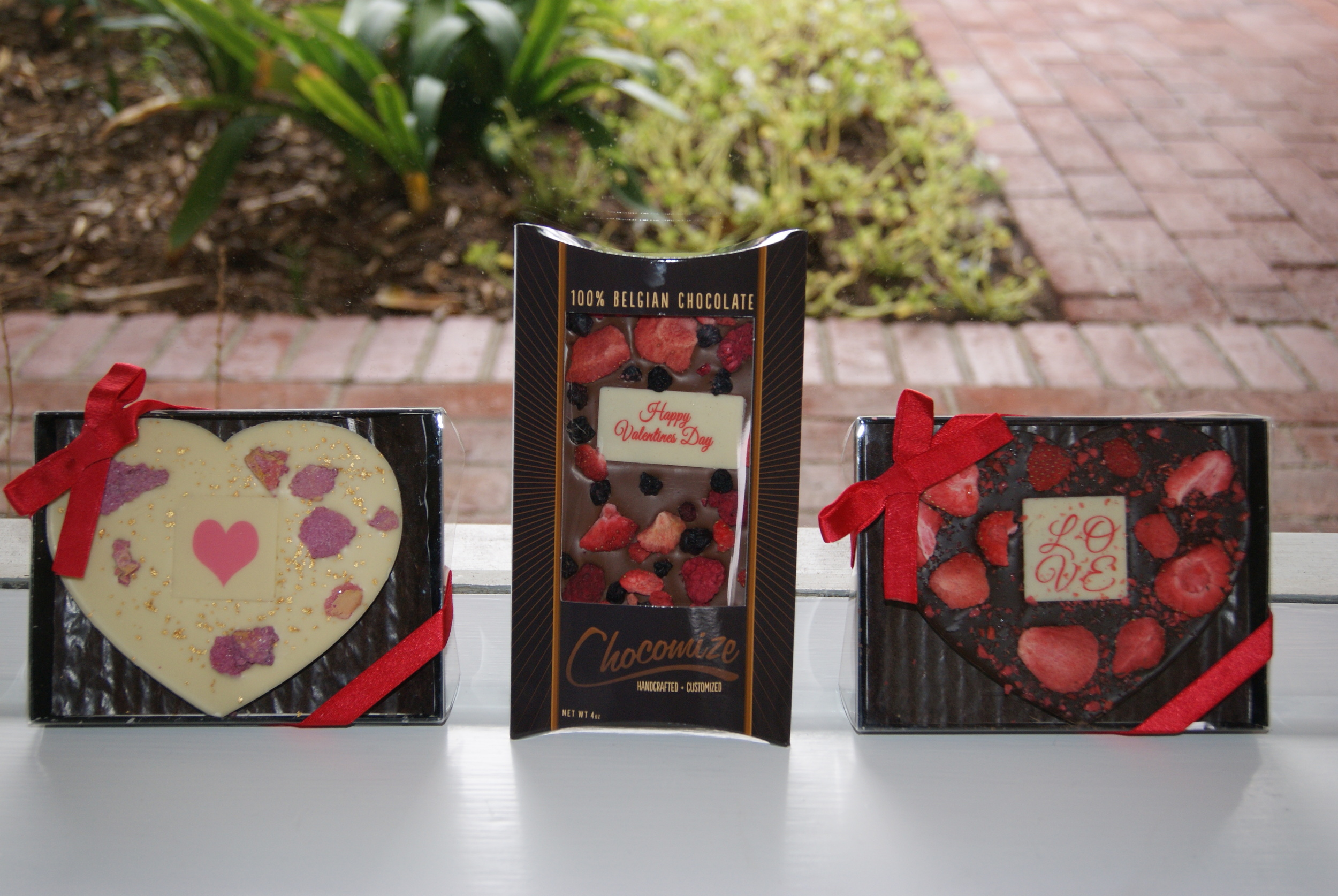 Chocomize has a variety of packaging to choose from too!