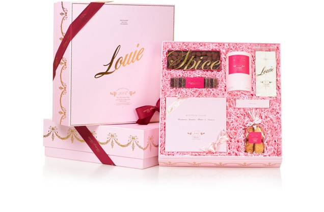 Bottega Louie Gift Box IV, $100    15 assorted macarons:strawberry & lychee pâte de fruit,spice cocoa almonds,fine cocoa,vanilla marshmallows,almond dragées,coconut rocher