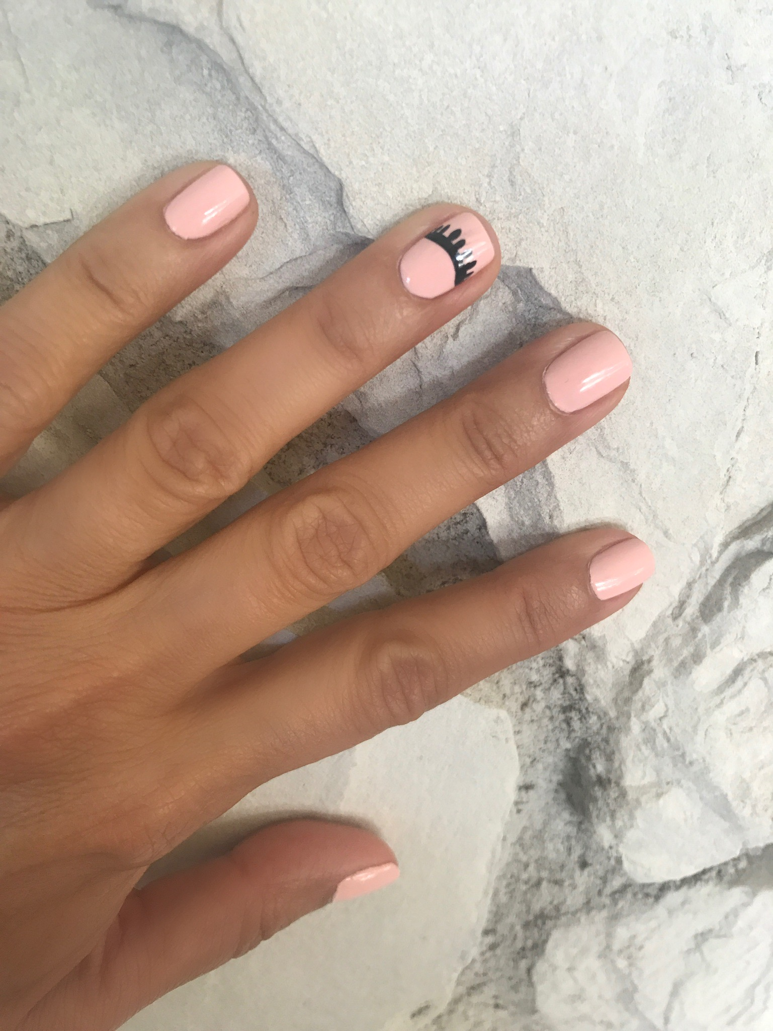 Melissa Meyers + Mani Monday + essie nail