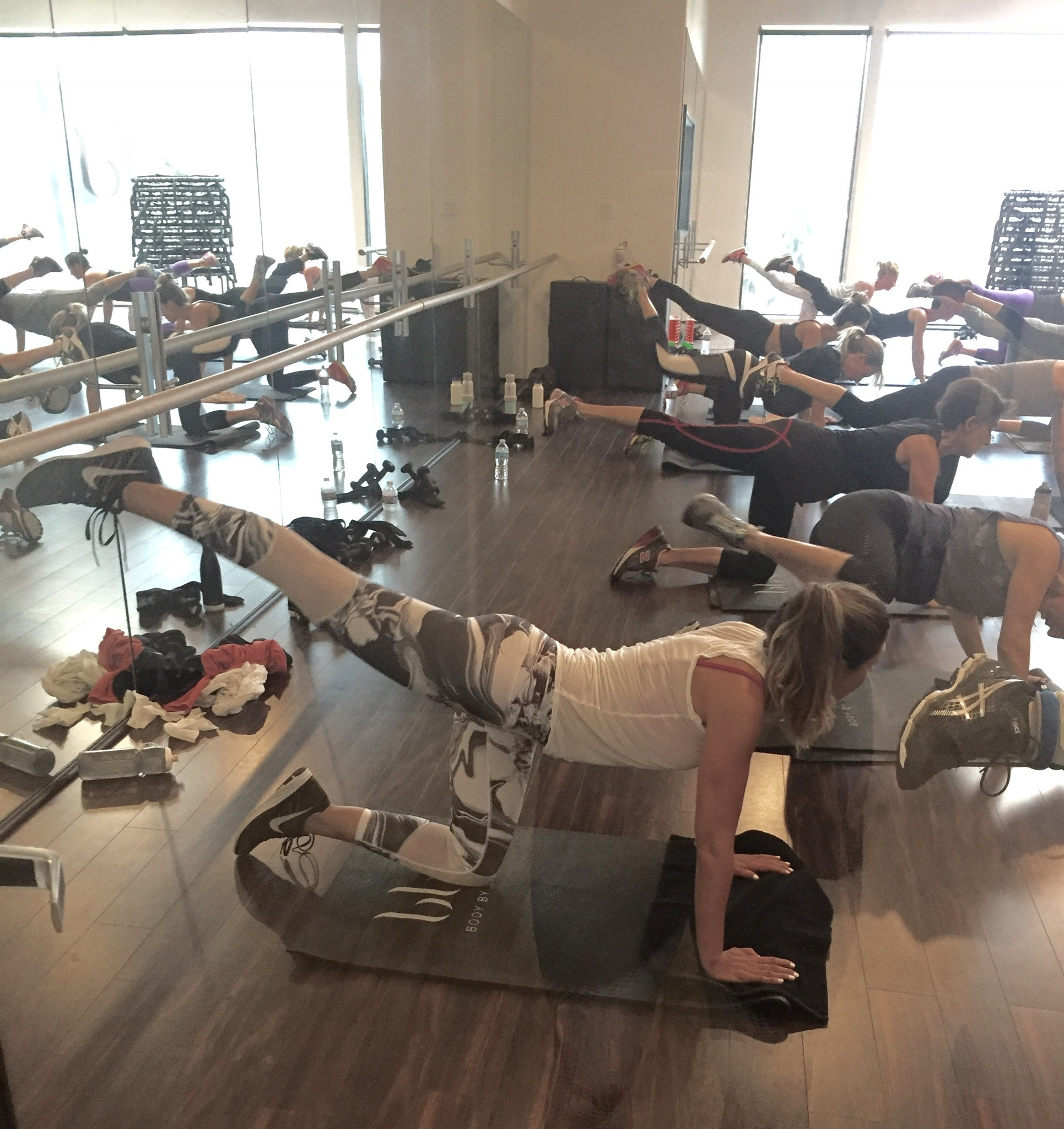 At the HTB class at  Body By Simone . Order Similar leggings HERE:  Chill by Will Belong Leggings