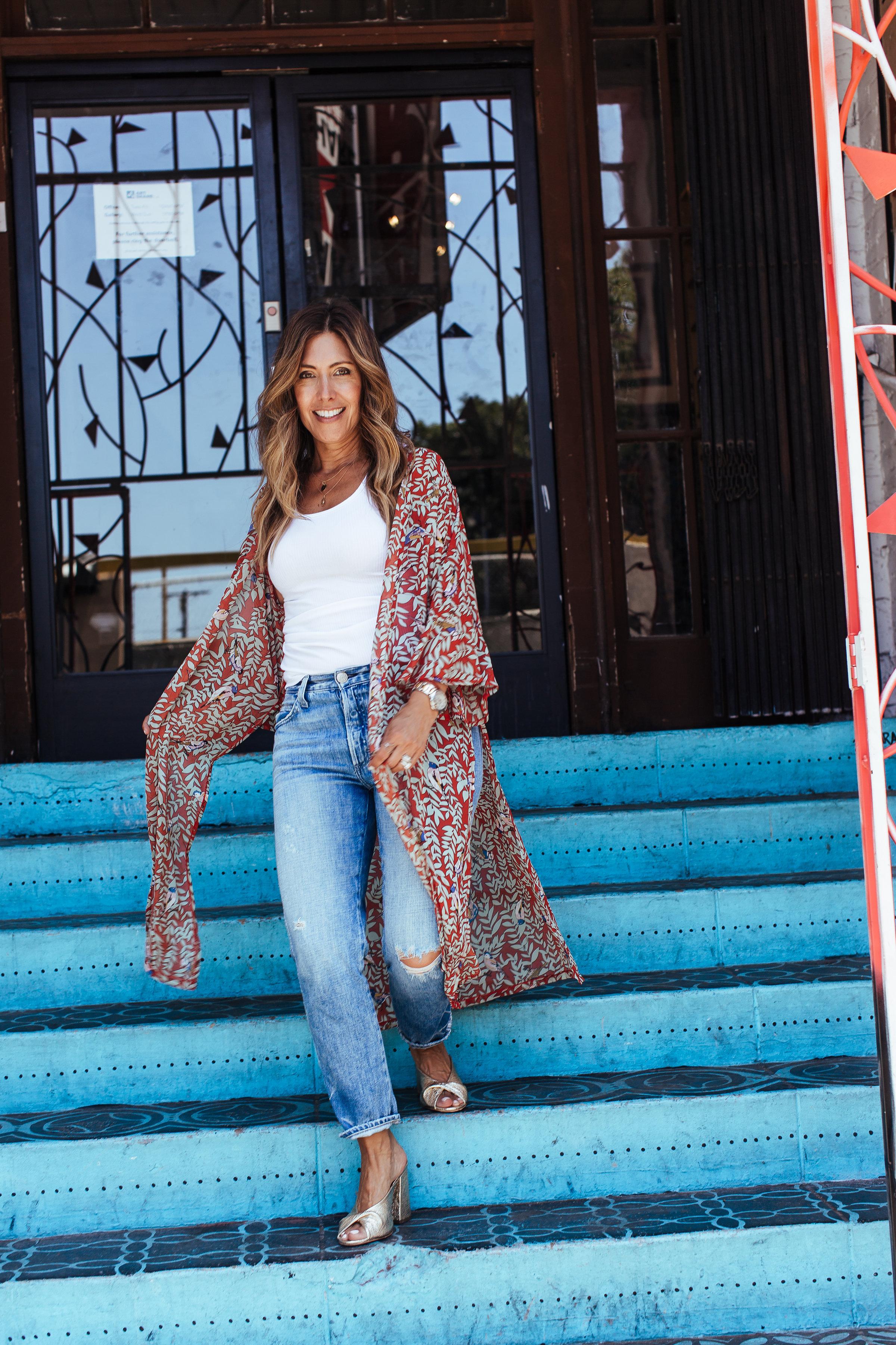 Jeans:  AMO (similar) ,  Tank top  and  Kimono  (similar) : Franne Golde, Shoes:  Loeffler Randall