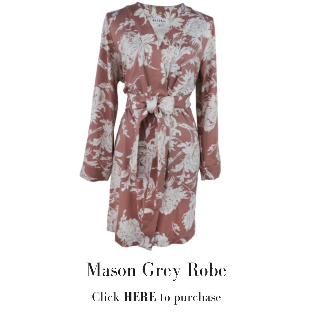 Mason Grey Robe.png