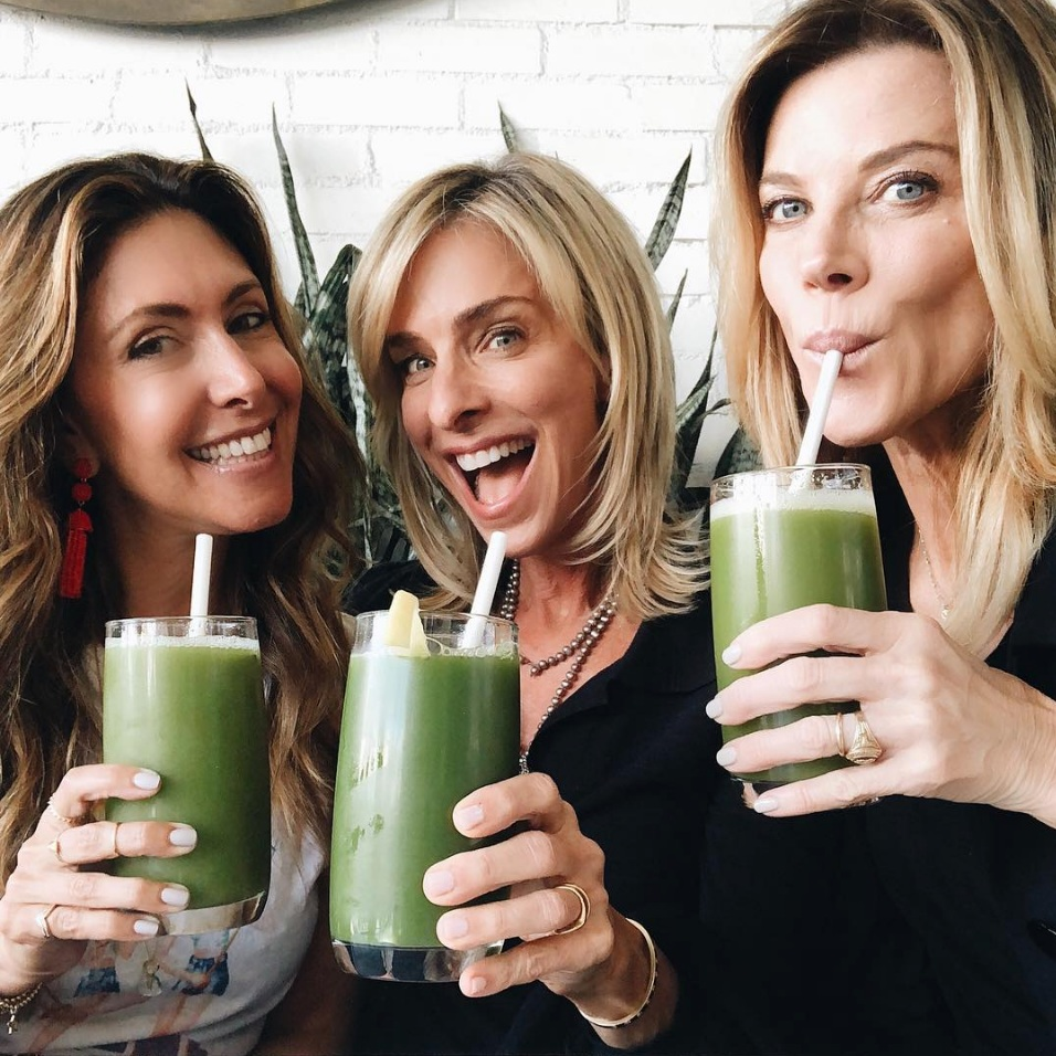Green Juice with Elissa Goodman and Janet Gunn