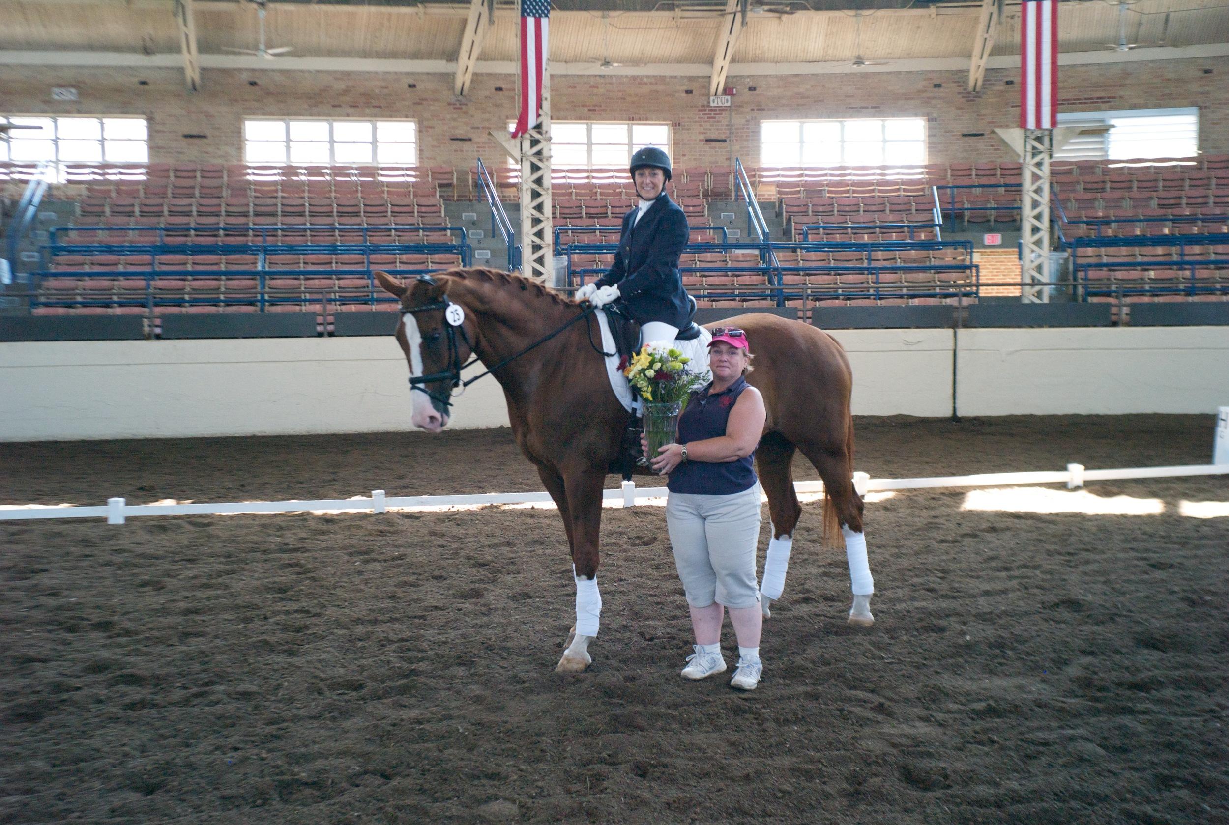 Awarding Cheryl Finke Memorial Trophy