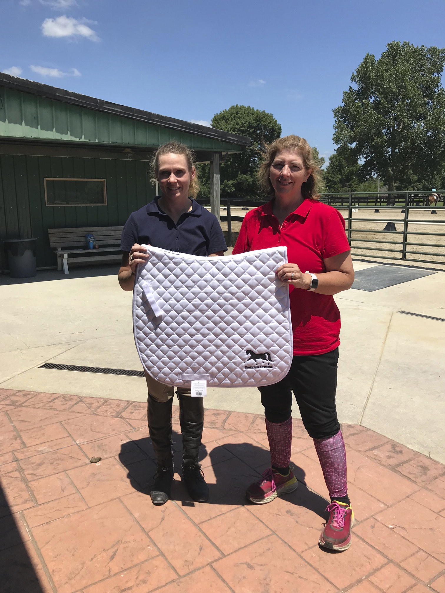 Adult Amateur High Point Winner Tyanne Byrd & Manager Teresa Litchfield
