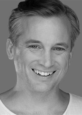 Ian-Stenlake-headshot-20171110-285x403.jpg
