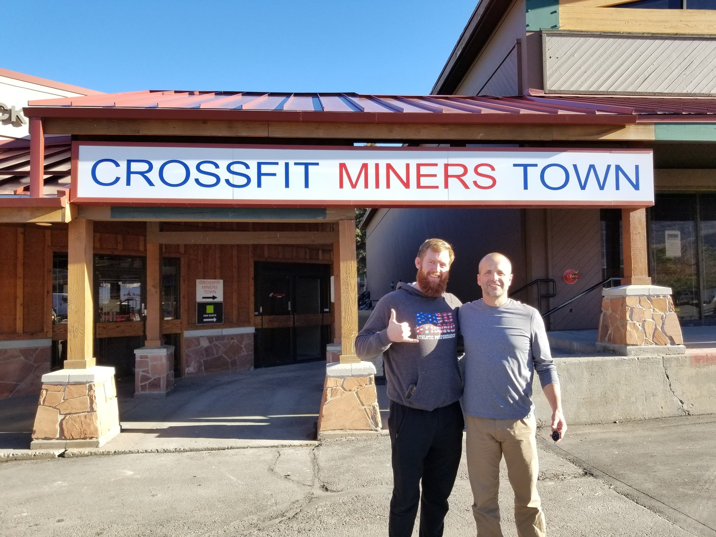 Met a quality human today. His name is  Deacon Andrews.  He's the owner of  Crossfit Miners Town . If you get a second, check him out. He does some fun stuff on FaceBook every day. I learned from him that I should be posting on social media every day! It really is my nightmare, but he's right. So be looking for more FaceBook Live stuff, like daily!