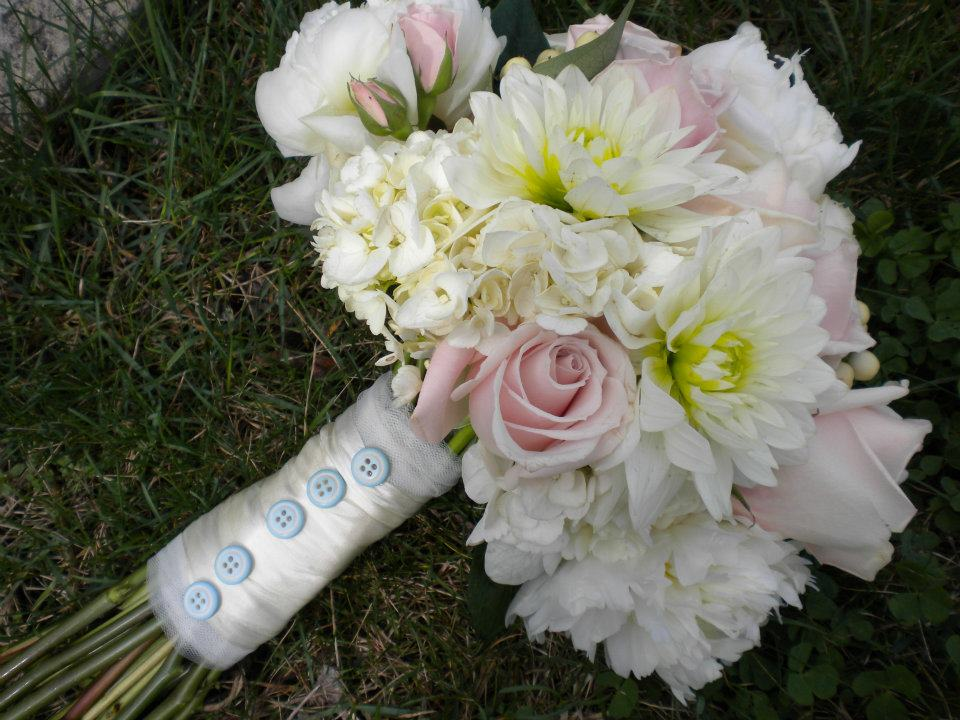 website bouquet U.jpg