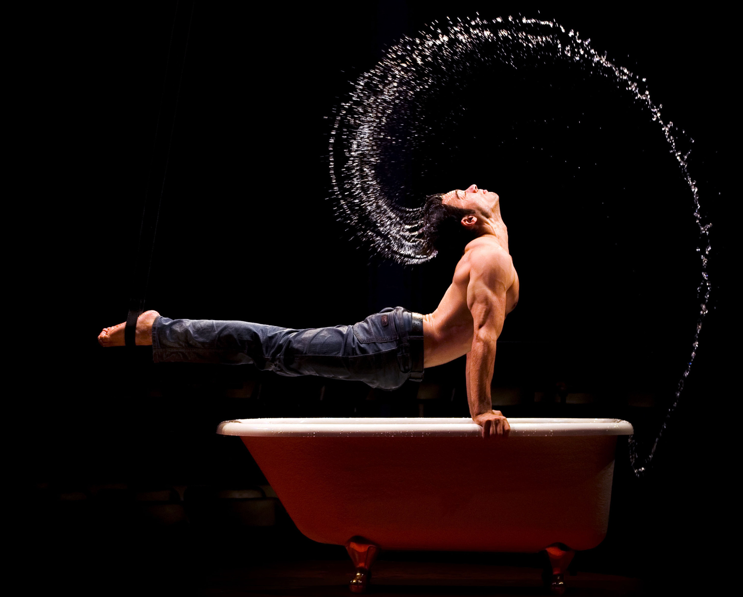 LA-SOIREE-Bath-Boy-w-water.jpg