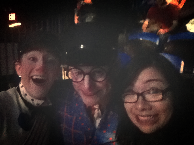 The selfie with the two wonderful performers. I'm cheesin' pretty hard.