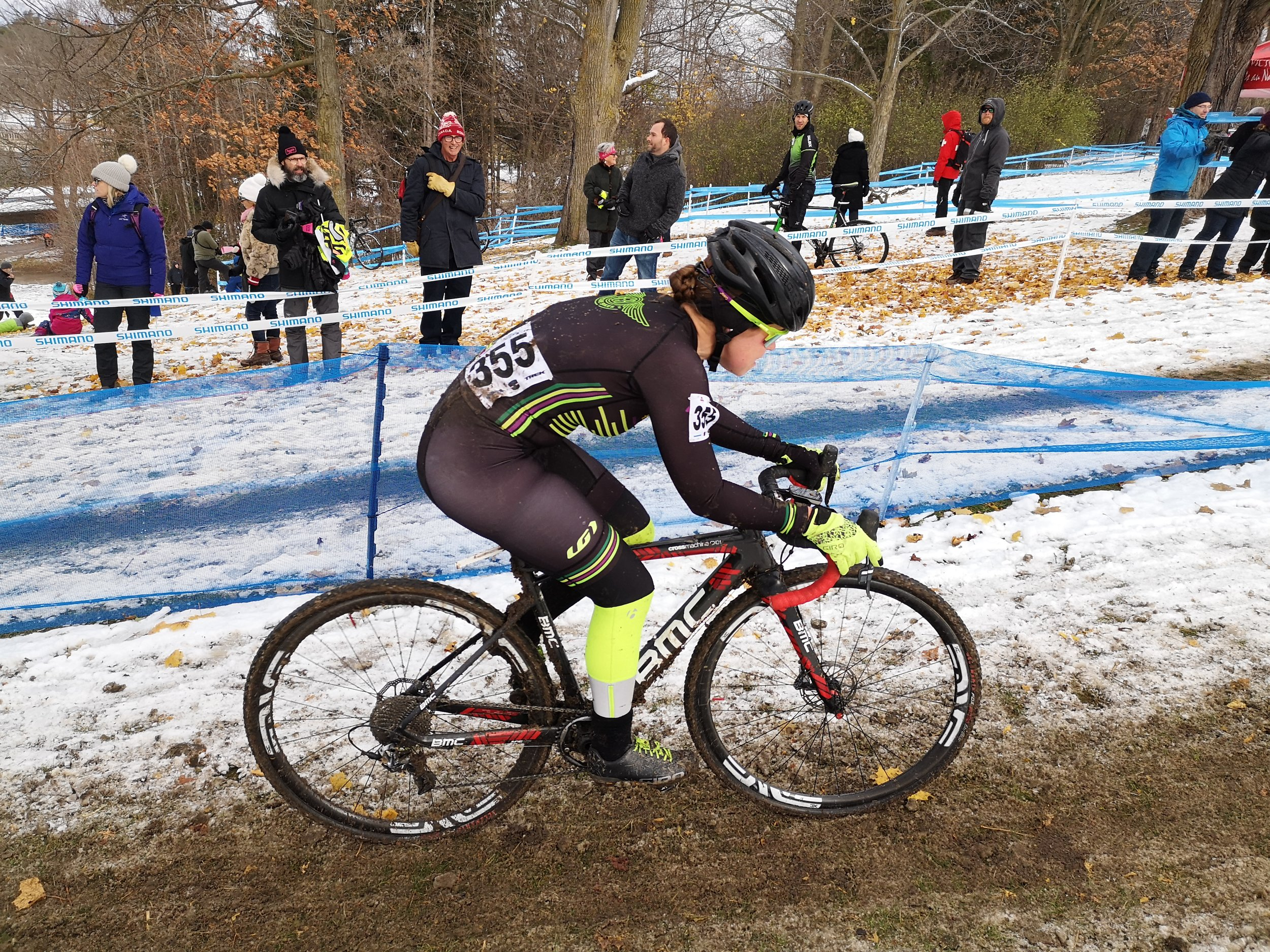 Caitlin Callaghan on her way to a podium finish