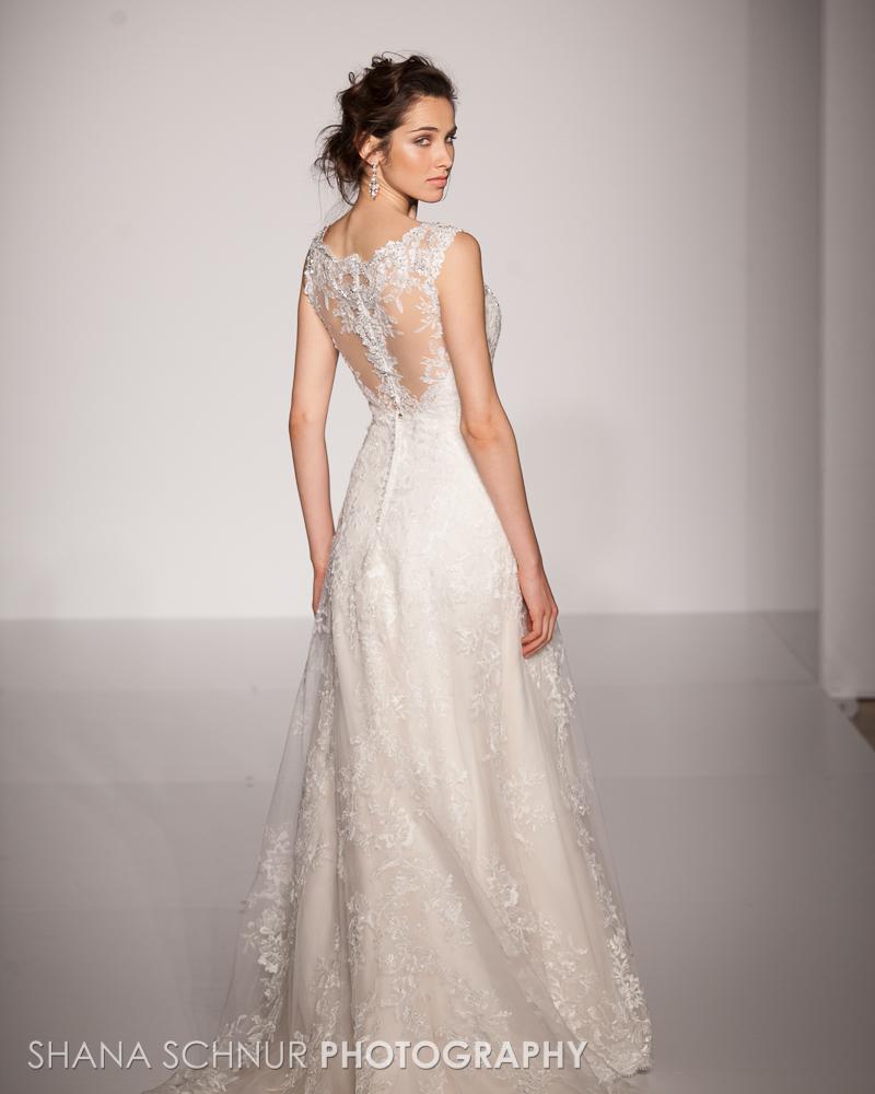 BridalMarket4-19-2015-New-York-Bridal-Fashion-The-Knot-Couture-Runway-Show-Maggie-Sottero-Shana-Schnur-Photography-002.jpg
