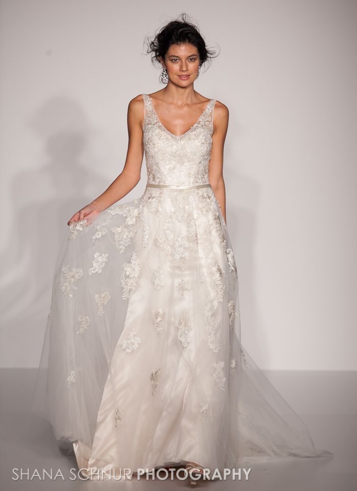 BridalMarket4-19-2015-New-York-Bridal-Fashion-The-Knot-Couture-Runway-Show-Maggie-Sottero-Shana-Schnur-Photography-004.jpg