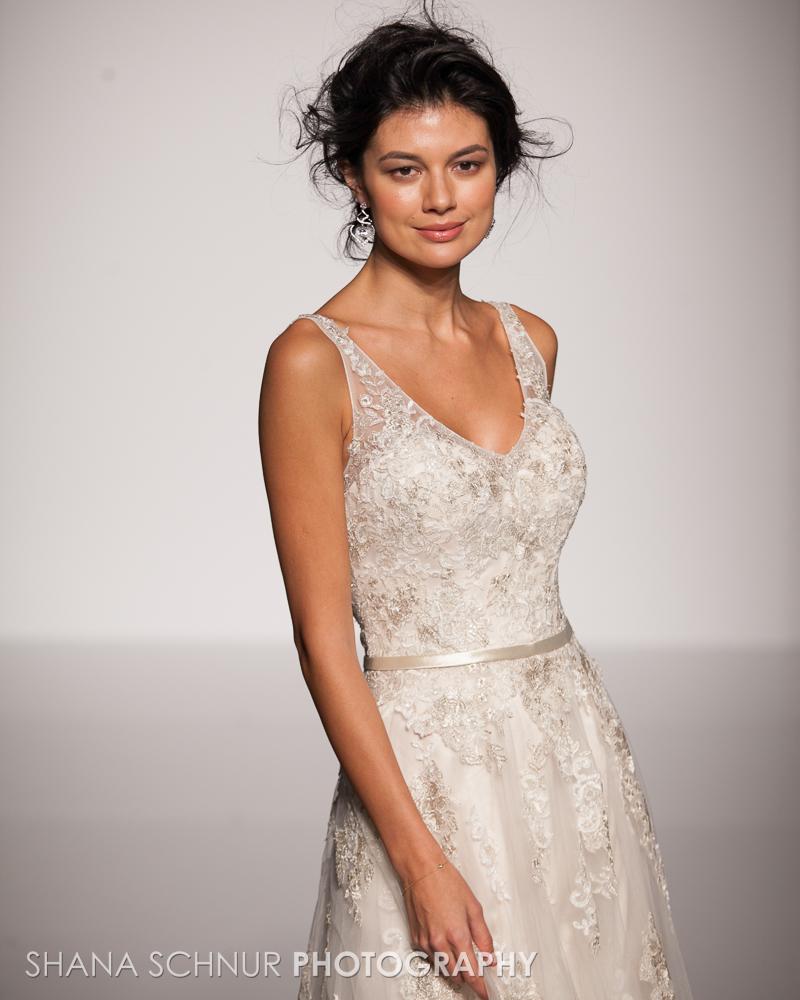 BridalMarket4-19-2015-New-York-Bridal-Fashion-The-Knot-Couture-Runway-Show-Maggie-Sottero-Shana-Schnur-Photography-005.jpg