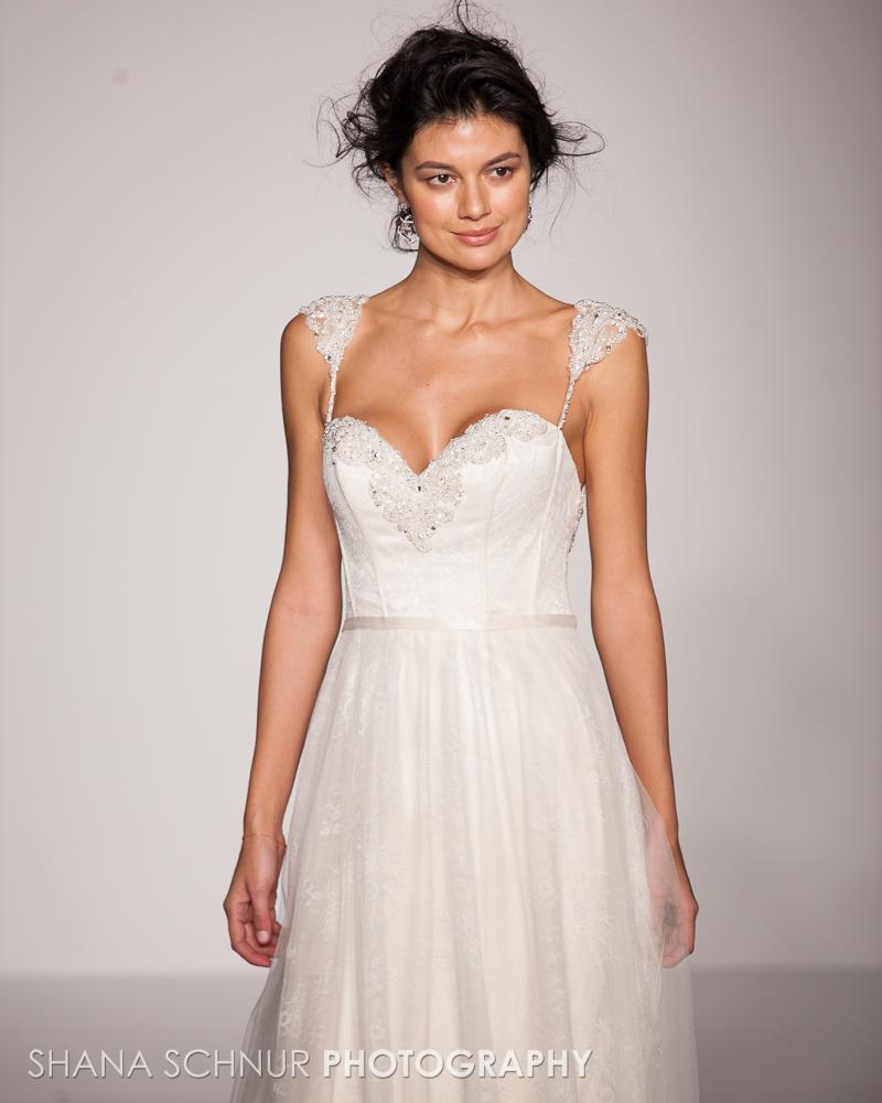 BridalMarket4-19-2015-New-York-Bridal-Fashion-The-Knot-Couture-Runway-Show-Maggie-Sottero-Shana-Schnur-Photography-010.jpg