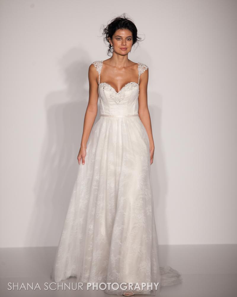 BridalMarket4-19-2015-New-York-Bridal-Fashion-The-Knot-Couture-Runway-Show-Maggie-Sottero-Shana-Schnur-Photography-009.jpg