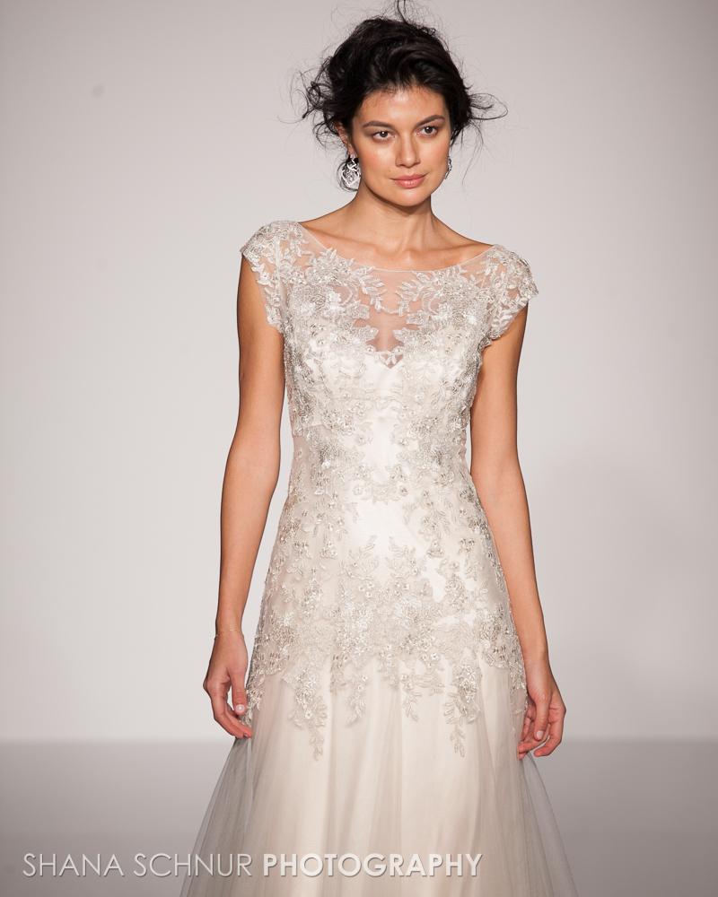 BridalMarket4-19-2015-New-York-Bridal-Fashion-The-Knot-Couture-Runway-Show-Maggie-Sottero-Shana-Schnur-Photography-019.jpg