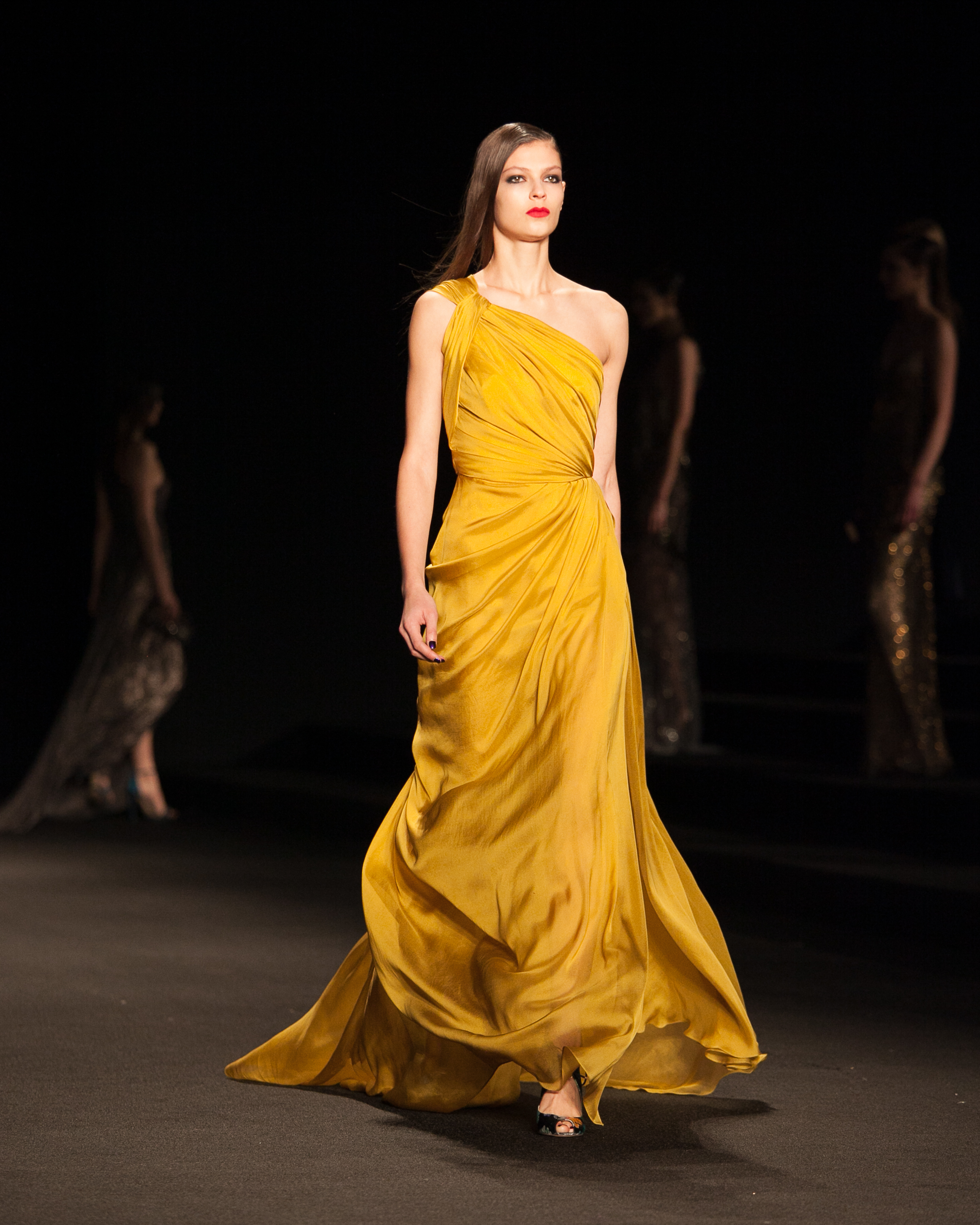 005-Monique-Lhuiller-New-York-Fashion-Week-Fall-Winter-2015-Shana-Schnur-Photography-005.jpg