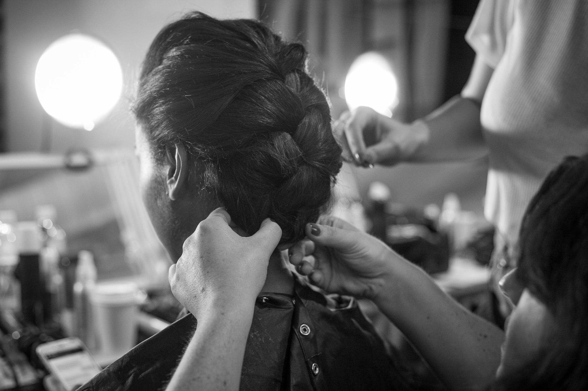 J-Mendel-Backstage-Shana-Schnur-Photography-015.jpg