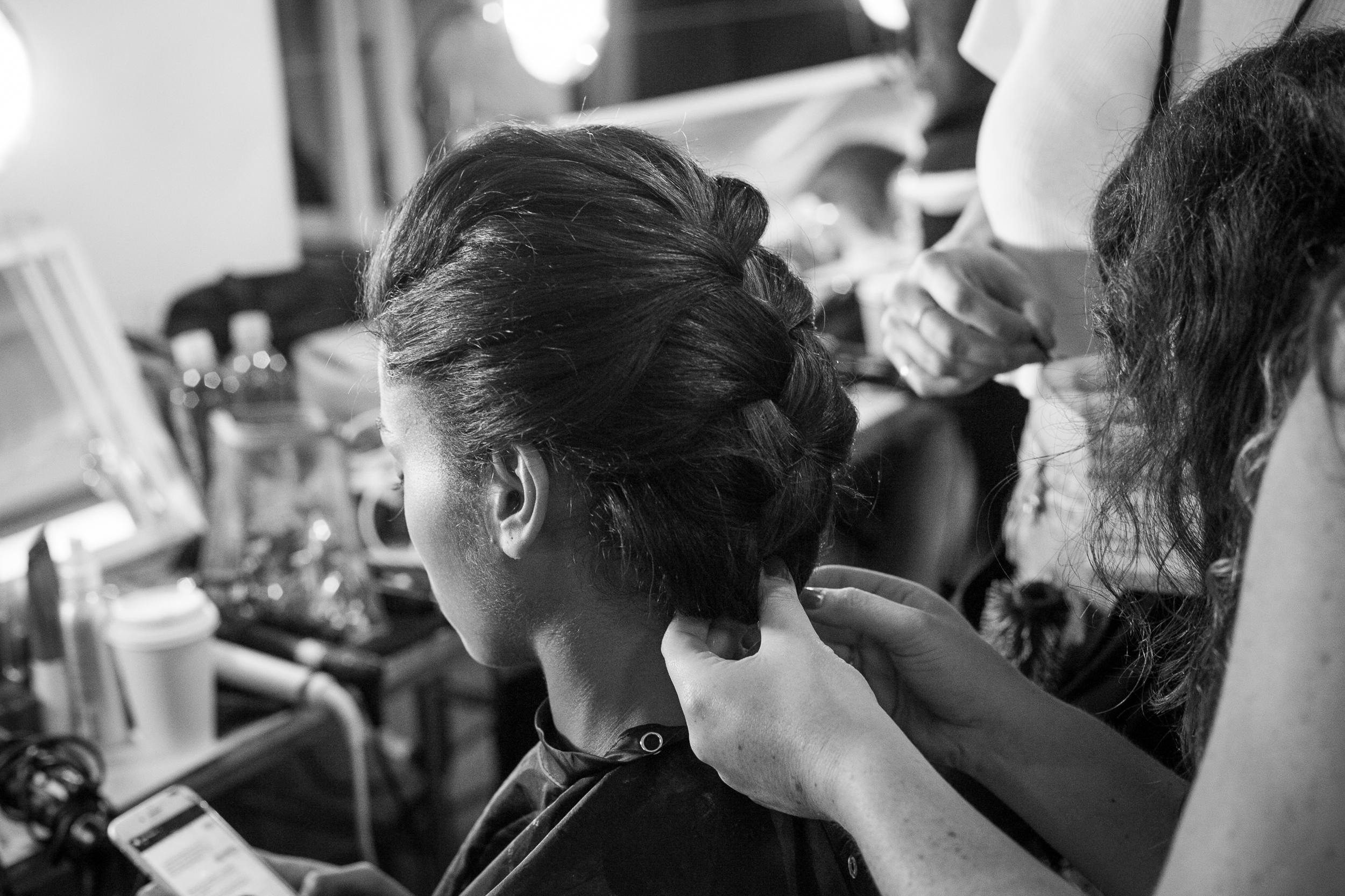 J-Mendel-Backstage-Shana-Schnur-Photography-014.jpg