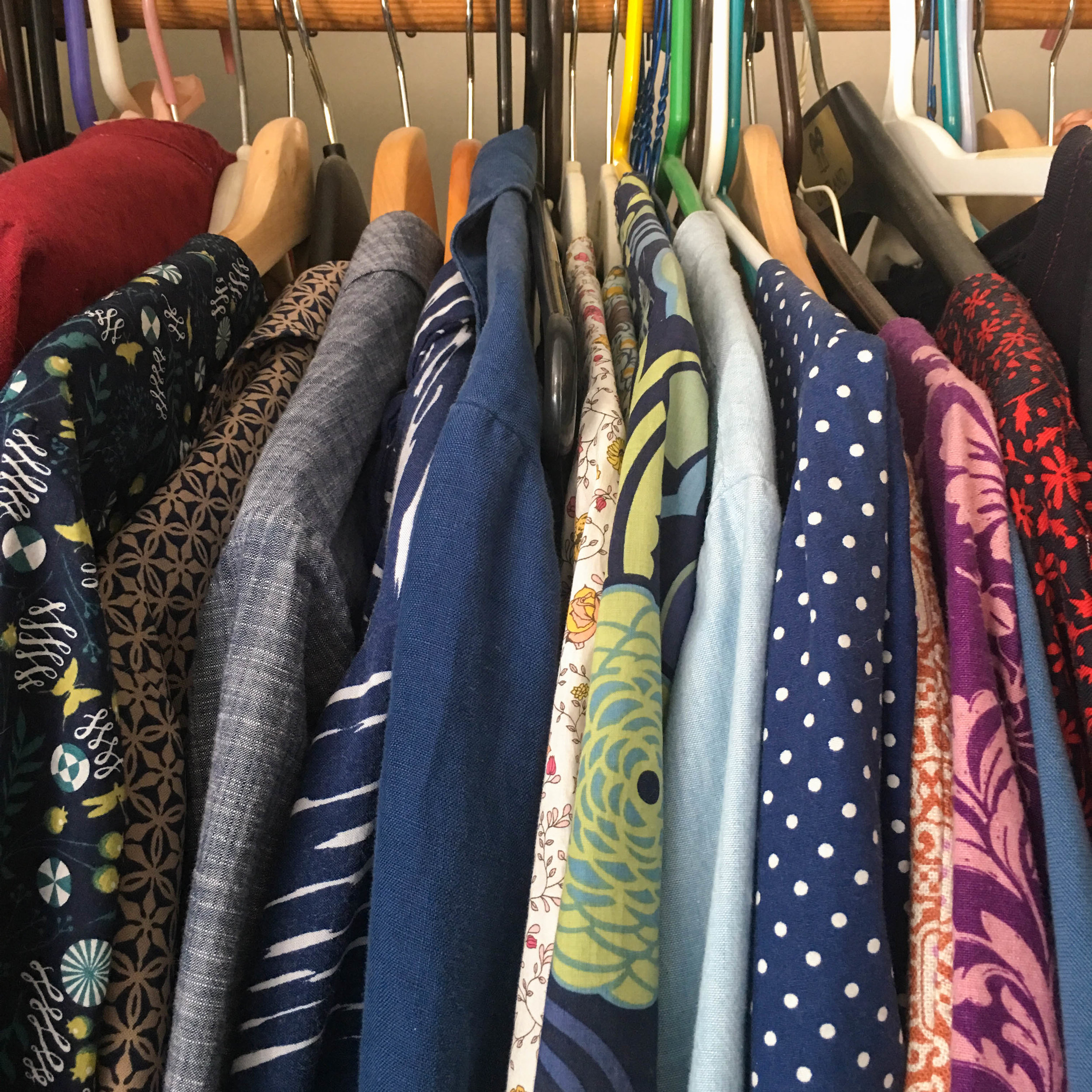 ONLINE GARMENT SEWING FABRIC RESOURCES