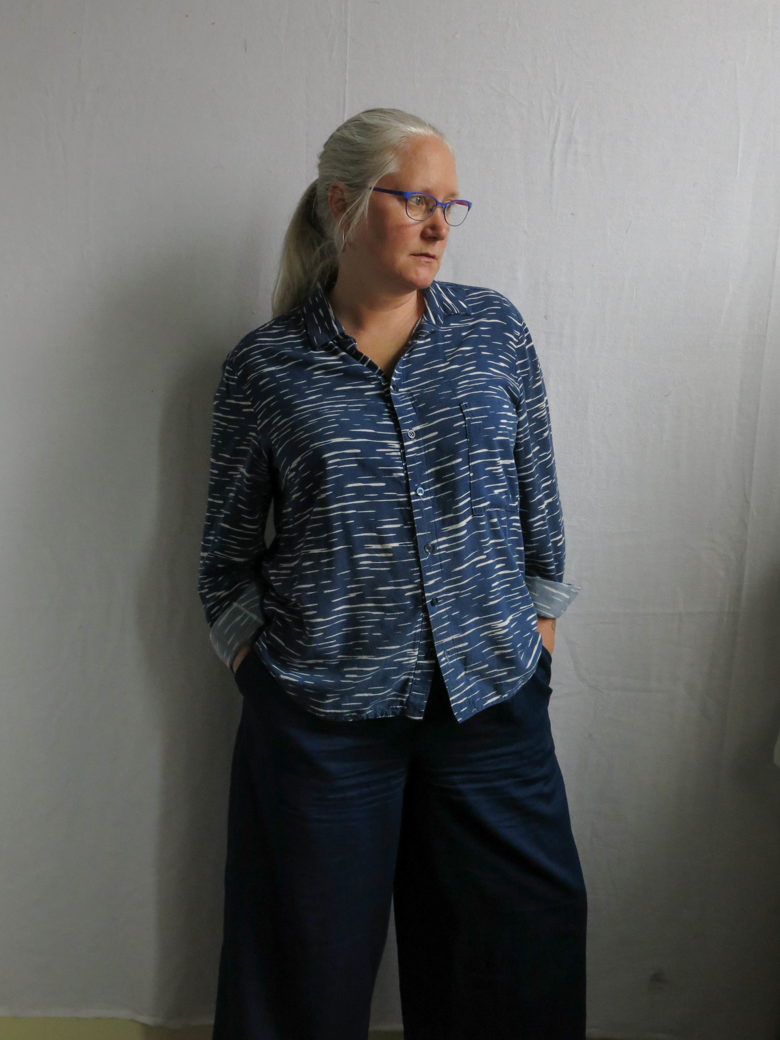 Oh yeah baby, my Flint trousers from Megan Nielsen in a lightweight Navy poplin from the stash.