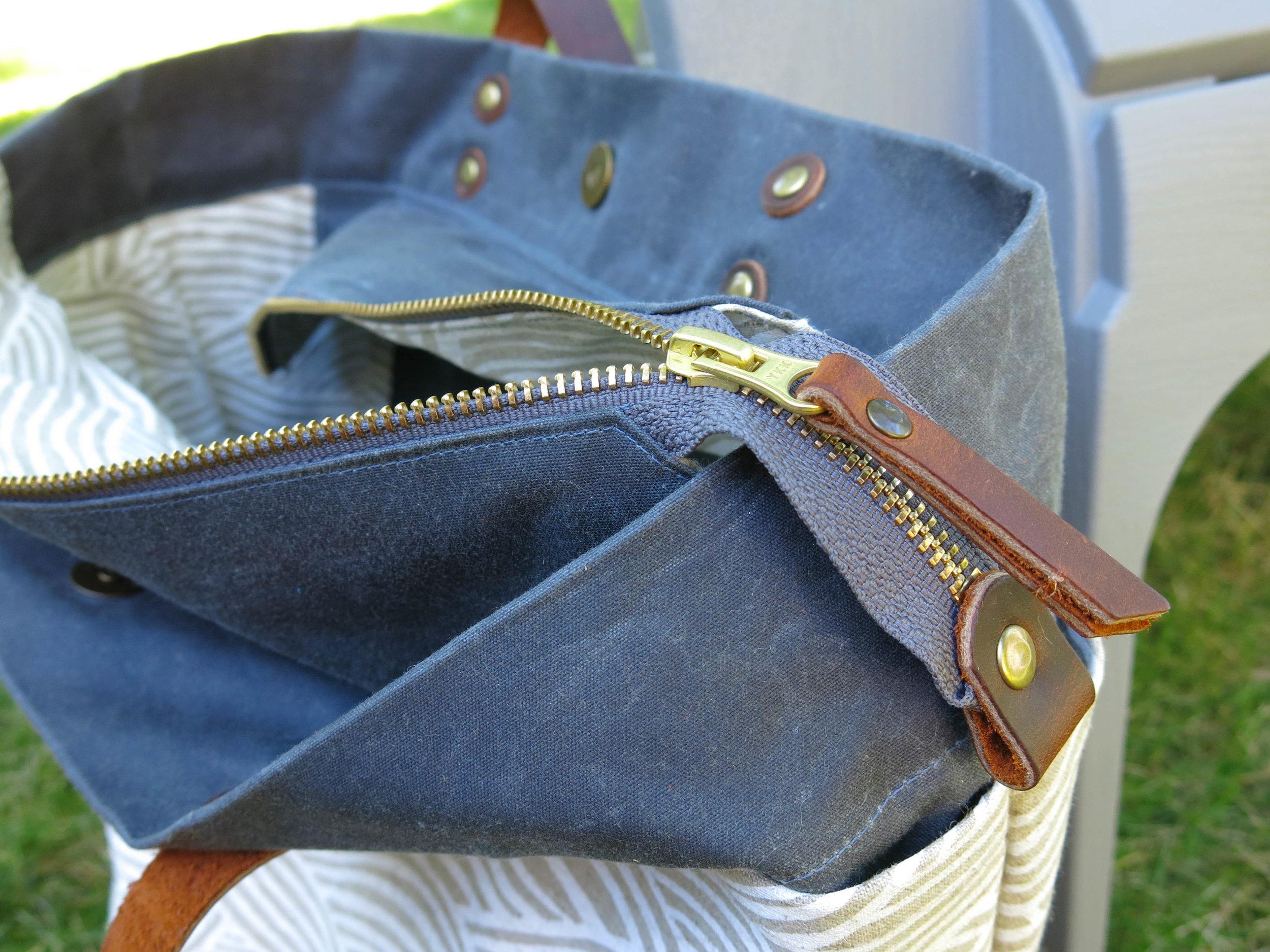 Zipper detail.jpg