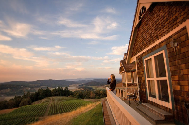 Youngberg Hill Inn and Winery