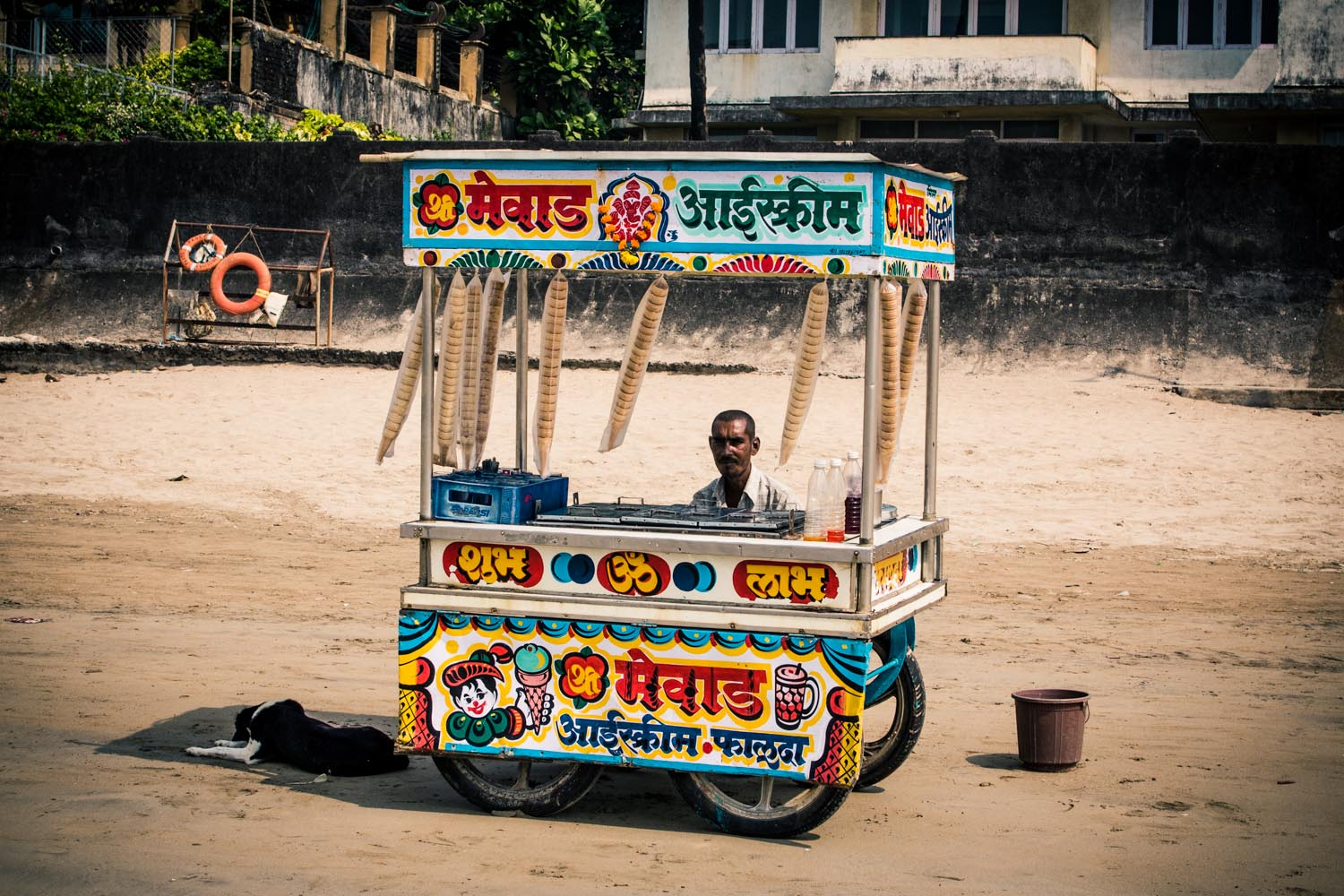 Juhu beach - ice cream wala