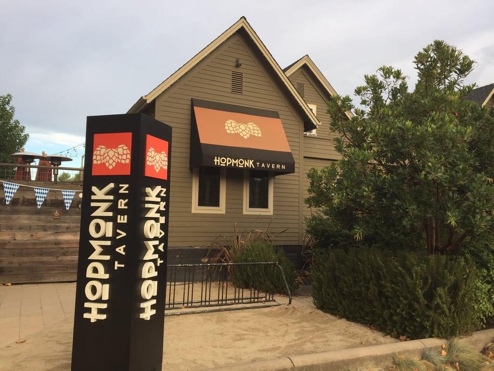 hopmonk_tavern_outside.jpg