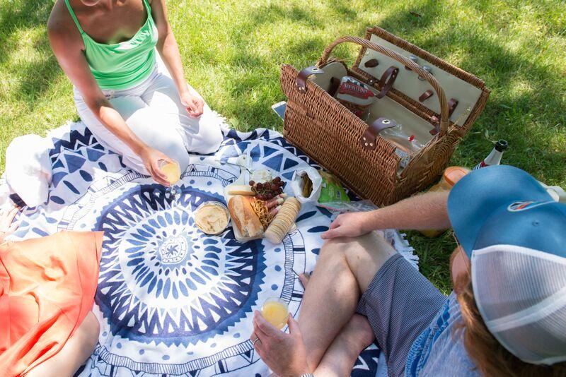 picnic 5.jpg