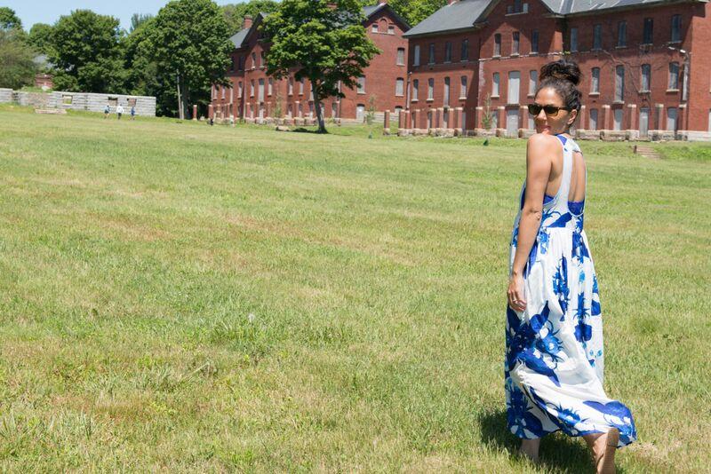 blue and white dress 2.jpg
